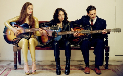 Kitty, Daisy & Lewis vs Ego-Wrappin'